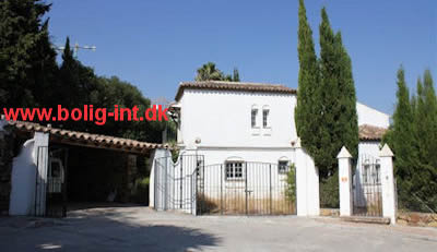 buy villa dirct from the bank spain